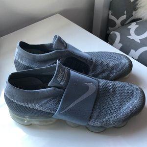 new style e6809 9c0cf Nike Grey VaporMax. No Laces